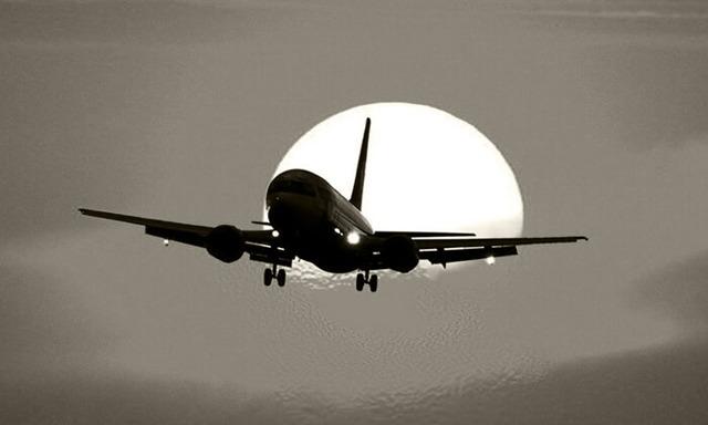 Курение в самолете: можно ли курить при длительном перелете, когда запретили, штраф и другие виды ответственности